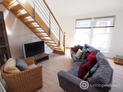 Property to rent in Chapel Street, Aberdeen, AB10