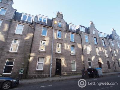 Property to rent in Esslemont Avenue, Top Right ( Floor), AB