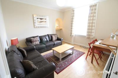Property to rent in Kintore Place, Aberdeen, AB25