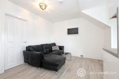Property to rent in Summerfield Terrace, Aberdeen, AB24 5JB