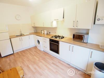 Property to rent in George Street, Left, AB25