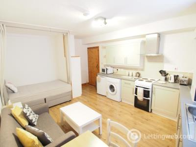 Property to rent in St Peter Street, Aberdeen, AB24