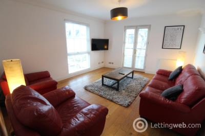 Property to rent in Thomson Street, Aberdeen, AB25