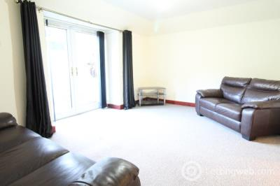 Property to rent in Bon Accord Street,