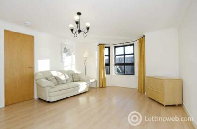 Property to rent in Riverside Drive, First Floor, AB11