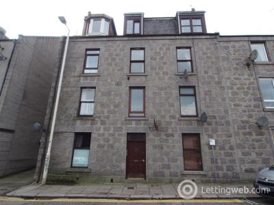Property to rent in George Street, Aberdeen, AB
