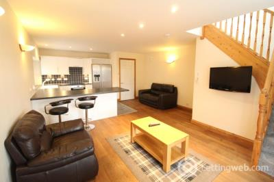 Property to rent in Queens Avenue, Aberdeen, AB15 6WA