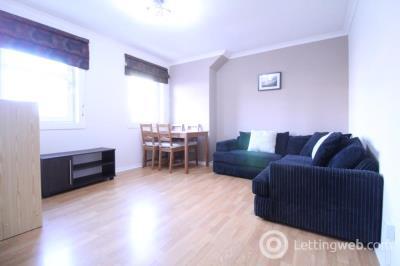 Property to rent in Spring Garden, Top Floor, AB25