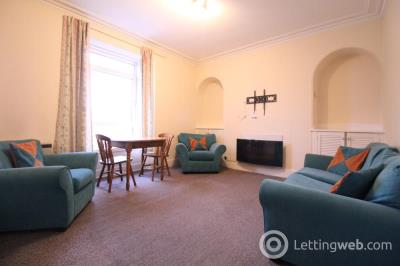 Property to rent in Claremont Street, Top Right, AB10