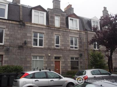 Property to rent in Balmoral Place, Top Right, AB10