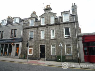 Property to rent in Rosemount Place R, Aberdeen, AB25
