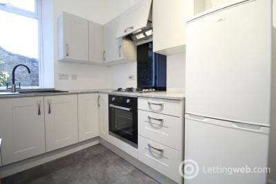 Property to rent in Rosemount Place, Ground Left, AB25