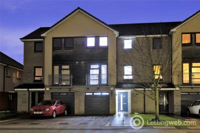 Property to rent in Hammerman Drive, Aberdeen, AB24
