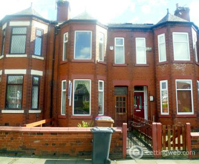 Property to rent in Light Oaks Road, Salford