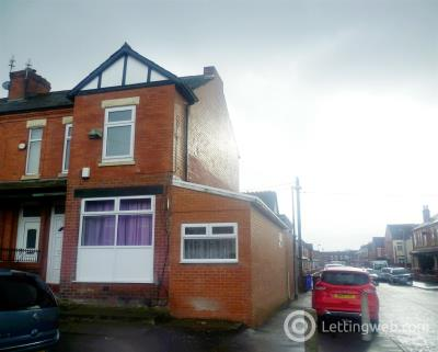 Property to rent in New Cross Street, Salford