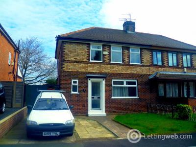 Property to rent in Tellson Crescent, Salford