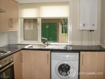 Property to rent in Struthers Crescent  Calderwood  East Kilbride