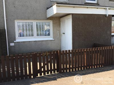 Property to rent in Gair Crescent, Carluke