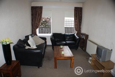 Property to rent in Kirkton Street