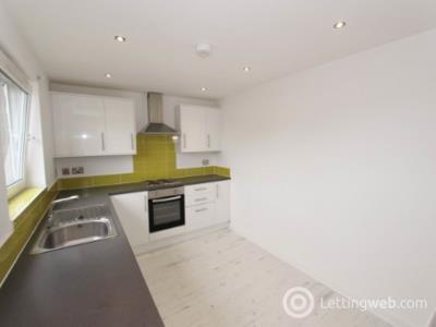 Property to rent in Northfield Grove, Edinburgh,