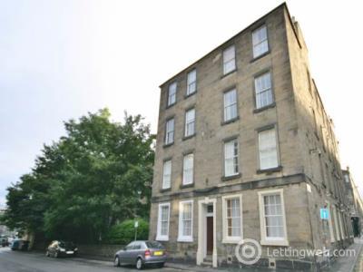 Property to rent in Sciennes, Edinburgh,