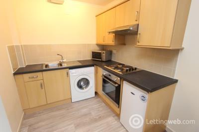 Property to rent in Murieston Road  (Linton Court), Dalry, Edinburgh, EH11 2JJ