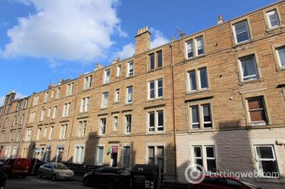 Property to rent in Dalgety Avenue, Meadowbank, Edinburgh, EH7 5UQ
