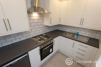 Property to rent in Broomfield Crescent, Carrick Knowe, Edinburgh, EH12 7LX