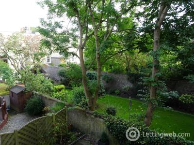 Property to rent in 18 Marine Court Ferryhill