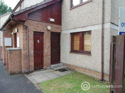 Property to rent in Spateston Road