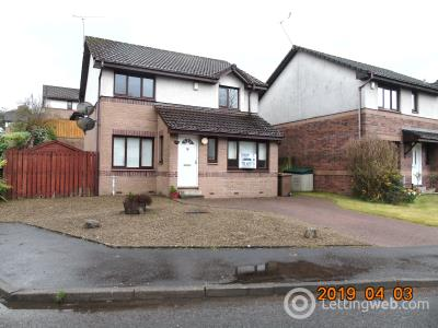 Property to rent in Howwood