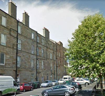 Property to rent in 1/13 South Lorne Place
