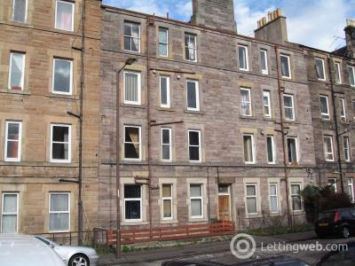 Property to rent in 15 2F2, Stewart Terrace, Gorgie, Edinburgh, EH11 1UR
