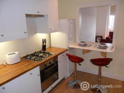 Property to rent in St Peters Place, Edinburgh