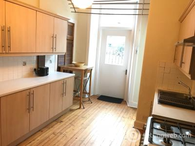 Property to rent in 74 Marchmont Road