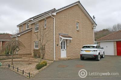 Property to rent in 14 Longstone Avenue, East Linton