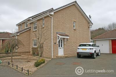 Property to rent in 14 Longstone Avenue, East Linton, EH40 3BS