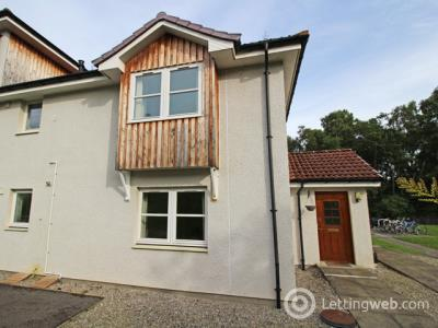 Property to rent in Admirals Court, Westhill, Inverness, IV2 5FL