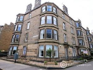 Property to rent in 39 Comely Bank Road