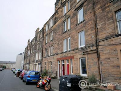 Property to rent in 16/4 Moat Terrace