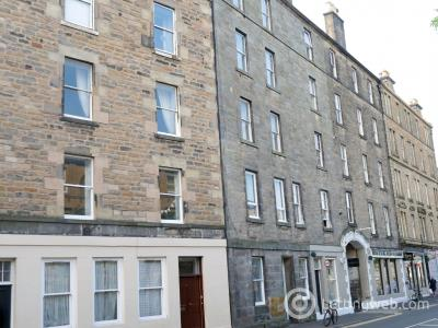 Property to rent in St Leonards Street, Newington, Edinburgh, EH8 9QN