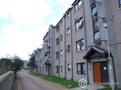 Property to rent in Canal Place, Aberdeen