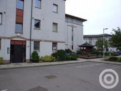 Property to rent in Bloomfield Court