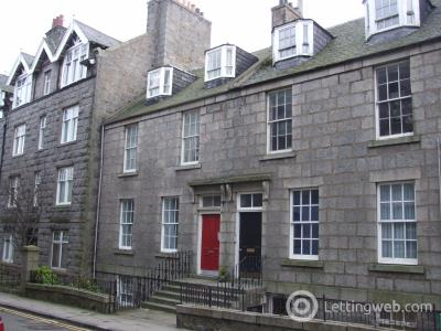 Property to rent in Dee Place