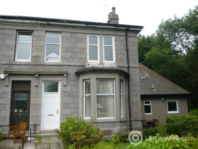 Property to rent in St. Devenicks Terrace