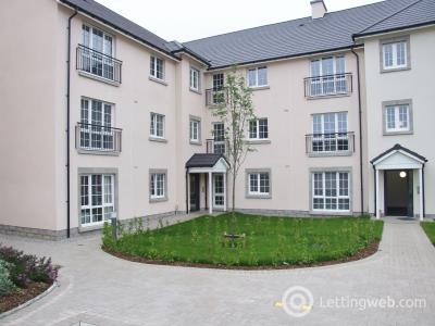 Property to rent in Laverock Braes Drive