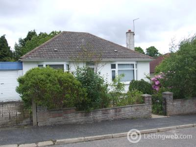 Property to rent in Hilltop Road