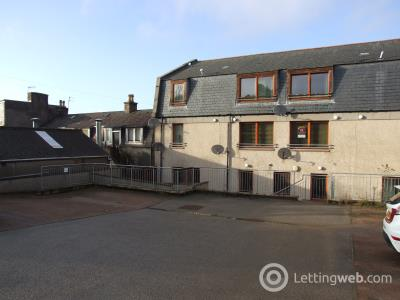 Property to rent in Auchmill Road
