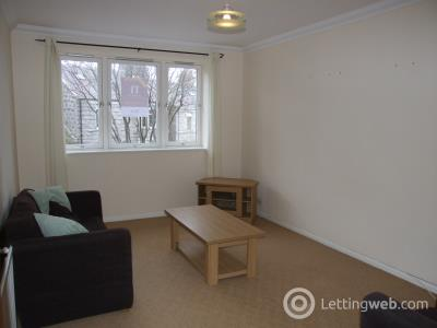 Property to rent in Whitehall Road