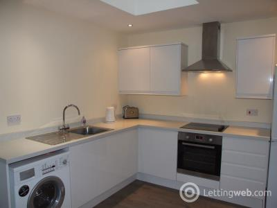 Property to rent in Claremont Street